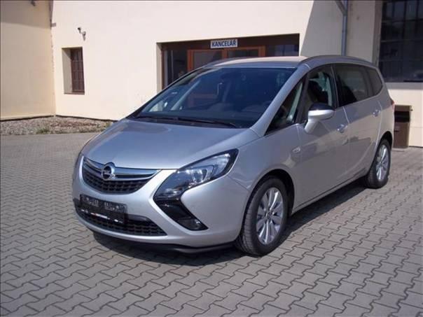 Opel Zafira Tourer Cosmo  6 let záruka, foto 1 Auto – moto , Automobily | spěcháto.cz - bazar, inzerce zdarma