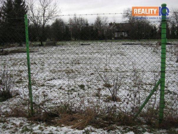 Prodej pozemku, Hranice - Hranice IV-Drahotuše, foto 1 Reality, Pozemky | spěcháto.cz - bazar, inzerce