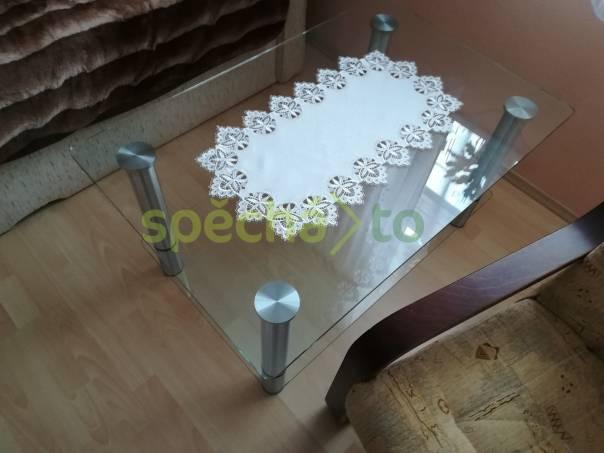 Celoskleněný stolek levně, foto 1 Bydlení a vybavení, Stoly a židle | spěcháto.cz - bazar, inzerce zdarma