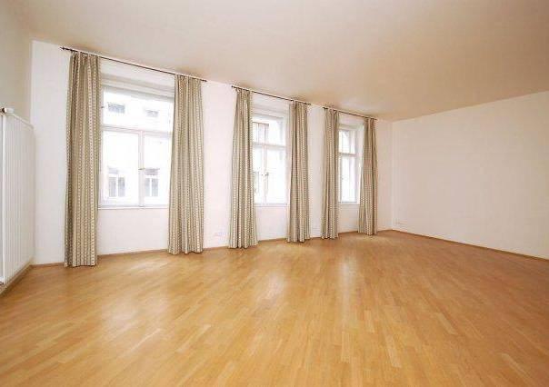 Pronájem bytu 3+1, Praha - Nové Město, foto 1 Reality, Byty k pronájmu | spěcháto.cz - bazar, inzerce
