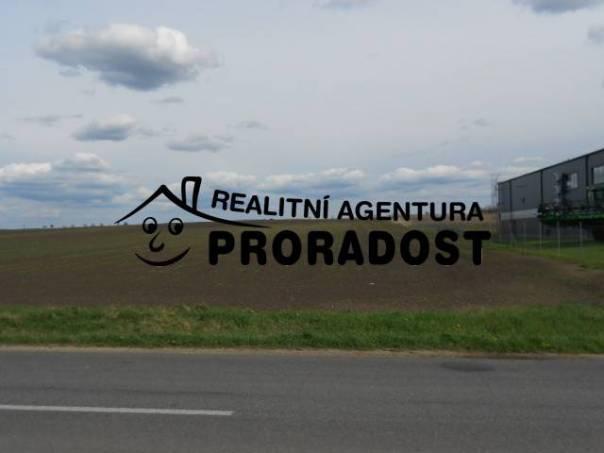 Prodej pozemku, Velké Bílovice, foto 1 Reality, Pozemky | spěcháto.cz - bazar, inzerce