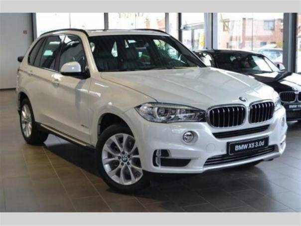 BMW X5 xDrive30d, 190kW Pure Alpine White, foto 1 Auto – moto , Automobily | spěcháto.cz - bazar, inzerce zdarma
