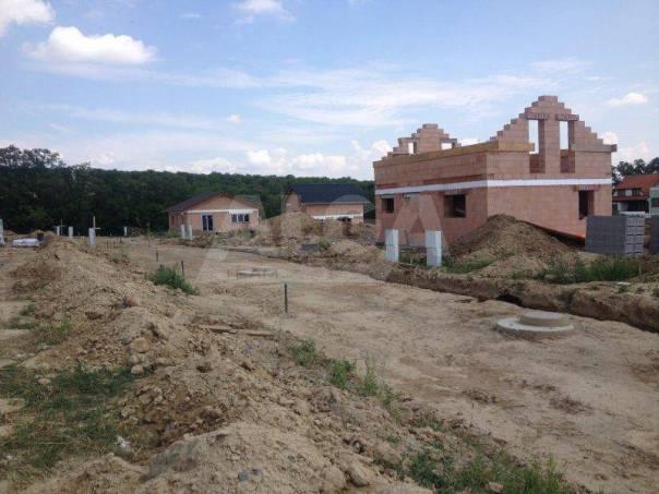 Prodej pozemku, Hajany, foto 1 Reality, Pozemky | spěcháto.cz - bazar, inzerce
