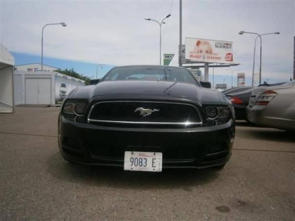 Ford Mustang 3.7 i V6  PREMIUM +, 2Tkm , foto 1 Auto – moto , Automobily | spěcháto.cz - bazar, inzerce zdarma