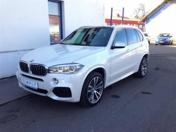 BMW X5 xDrive 30d, Mpaket, LED, Perleť, 7místná verze, foto 1 Auto – moto , Automobily | spěcháto.cz - bazar, inzerce zdarma