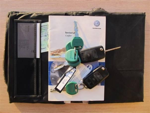 Volkswagen Crafter 2.5TDI MAXI 7míst ČR 1.maj, foto 1 Užitkové a nákladní vozy, Do 7,5 t | spěcháto.cz - bazar, inzerce zdarma
