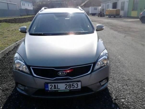 Kia Cee'd 1,6CRDI 85KW KOMBI, foto 1 Auto – moto , Automobily | spěcháto.cz - bazar, inzerce zdarma