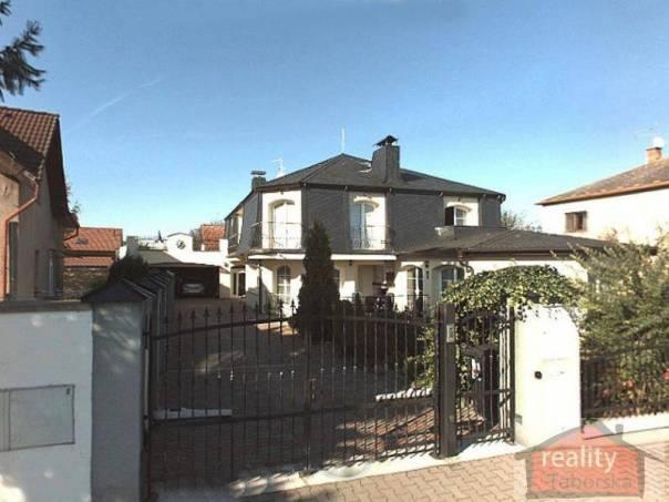 Prodej domu 7+1, Čestlice, foto 1 Reality, Domy na prodej | spěcháto.cz - bazar, inzerce