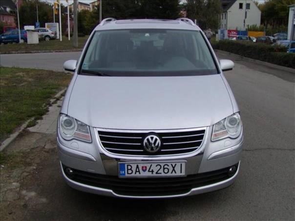 Volkswagen Touran 2.0 TDi, Highline DSG, foto 1 Auto – moto , Automobily | spěcháto.cz - bazar, inzerce zdarma