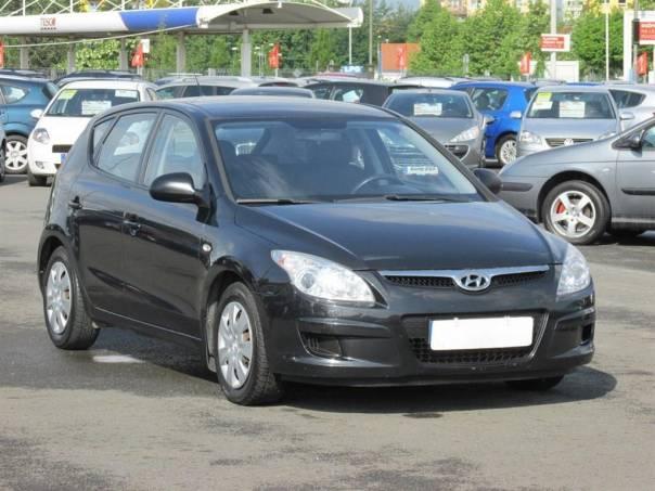 Hyundai i30  1.6 CRDi, Serv.kniha, klima, foto 1 Auto – moto , Automobily | spěcháto.cz - bazar, inzerce zdarma