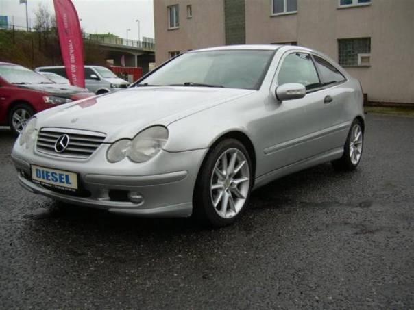 Mercedes-Benz Třída C 220 Cdi SERVISKA, foto 1 Auto – moto , Automobily | spěcháto.cz - bazar, inzerce zdarma