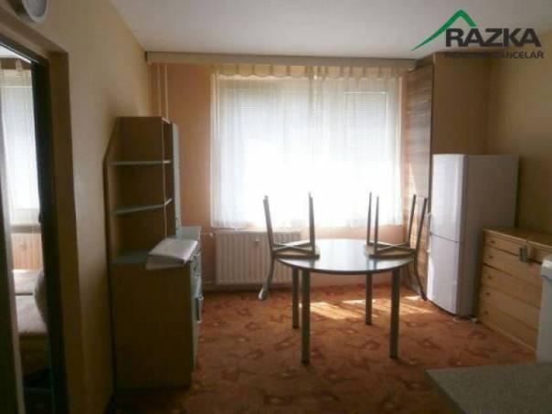 Prodej bytu 1+1, Dolní Žandov, foto 1 Reality, Byty na prodej | spěcháto.cz - bazar, inzerce