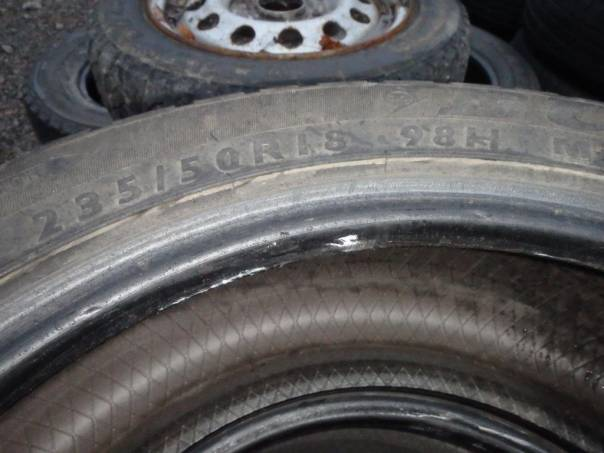 4x zimní pneu 235/50 18, foto 1 Náhradní díly a příslušenství, Ostatní | spěcháto.cz - bazar, inzerce zdarma