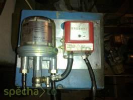 Průtokoměr pro ropné látky/pohonné hmoty Aquametro Typ VZO 4 + Odvzdušňovač topného oleje ,,Toc.Uno,, Oventrop , Auto – moto , Pracovní a zemědělské stroje  | spěcháto.cz - bazar, inzerce zdarma