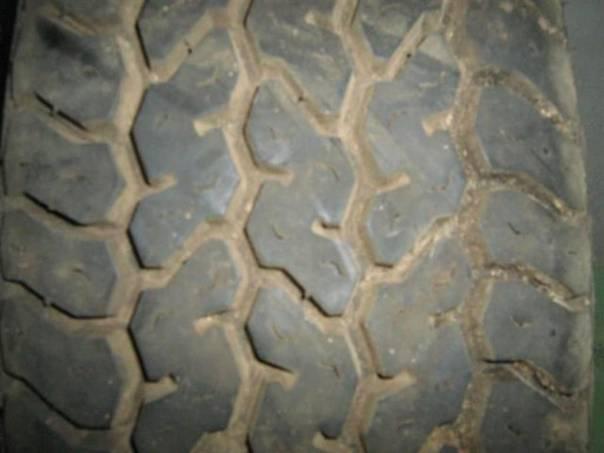 pneu Goodyear-GrandprixHRO, foto 1 Náhradní díly a příslušenství, Ostatní | spěcháto.cz - bazar, inzerce zdarma
