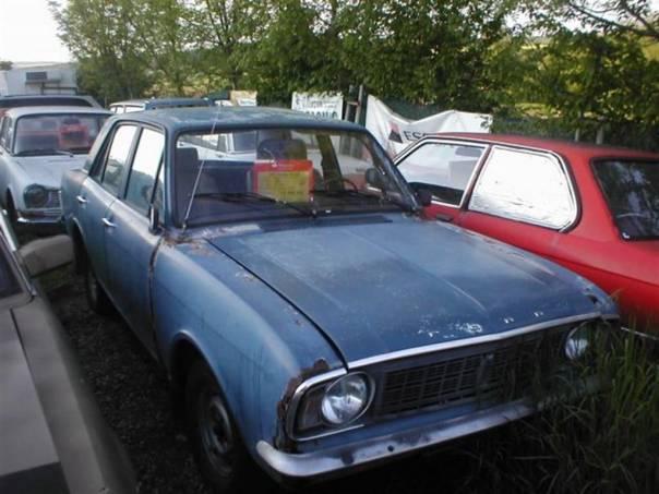 Ford  Cortina de Luxe, foto 1 Auto – moto , Automobily | spěcháto.cz - bazar, inzerce zdarma