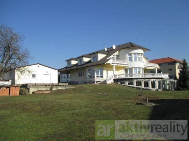 Prodej domu Atypický, Praha - Šeberov, foto 1 Reality, Domy na prodej | spěcháto.cz - bazar, inzerce