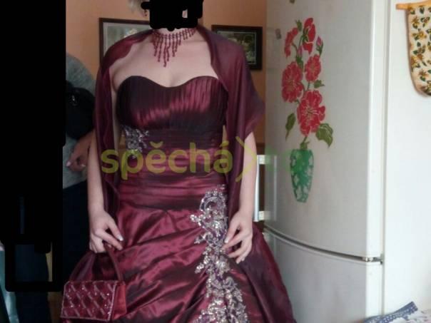 Prodám společenské šaty  ceb4331645
