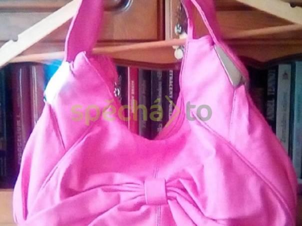 Kabelka růžová, foto 1 Móda a zdraví, Kabelky, tašky, zavazadla | spěcháto.cz - bazar, inzerce zdarma