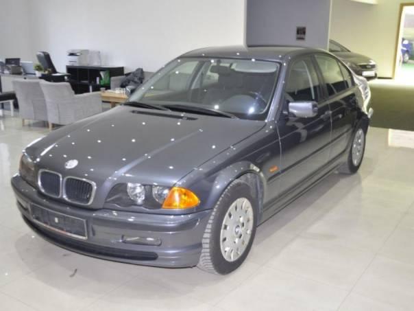 BMW Řada 3 318i nehavar,serv.kn,2.majiel, foto 1 Auto – moto , Automobily | spěcháto.cz - bazar, inzerce zdarma