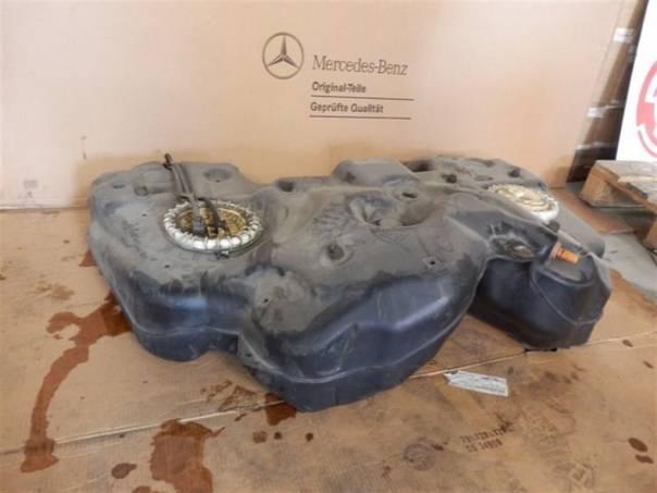 Mercedes-Benz Třída ML Nádrž ML W164, foto 1 Náhradní díly a příslušenství, Osobní vozy | spěcháto.cz - bazar, inzerce zdarma