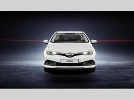 Toyota Auris 2015 1.6 Trend KLADNO