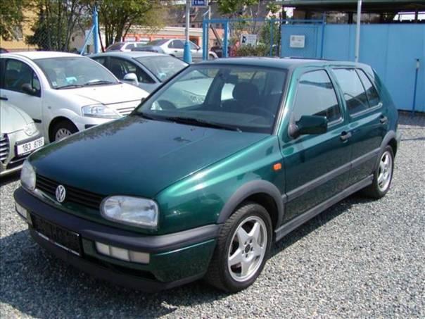 Volkswagen Golf 2,0 GTi,výborný stav, foto 1 Auto – moto , Automobily | spěcháto.cz - bazar, inzerce zdarma