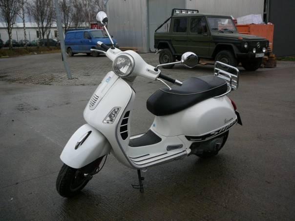 Vespa  GTS Super 300, foto 1 Auto – moto , Motocykly a čtyřkolky | spěcháto.cz - bazar, inzerce zdarma